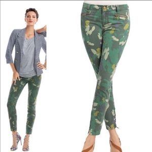 🆕🦋 CAbi Clover Camo Jeggings, #766